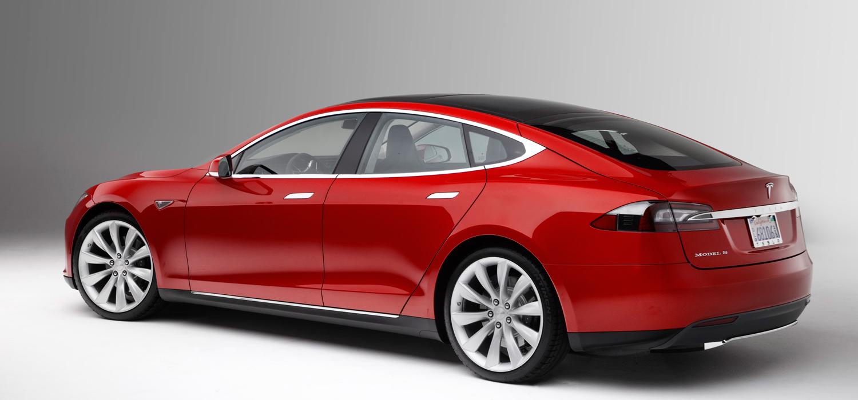Tesla Model S rot von hinten - eCario.de
